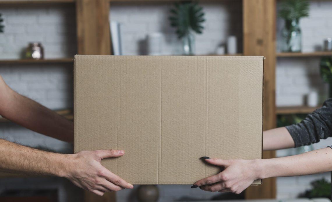 wysyłka paczek kurierem